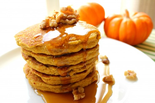 Healthy Fall Recipes // Pumpkin Protein Pancakes // Turtle Woman
