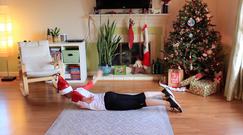 try this at home bodyweight workout if you're traveling this holiday season!