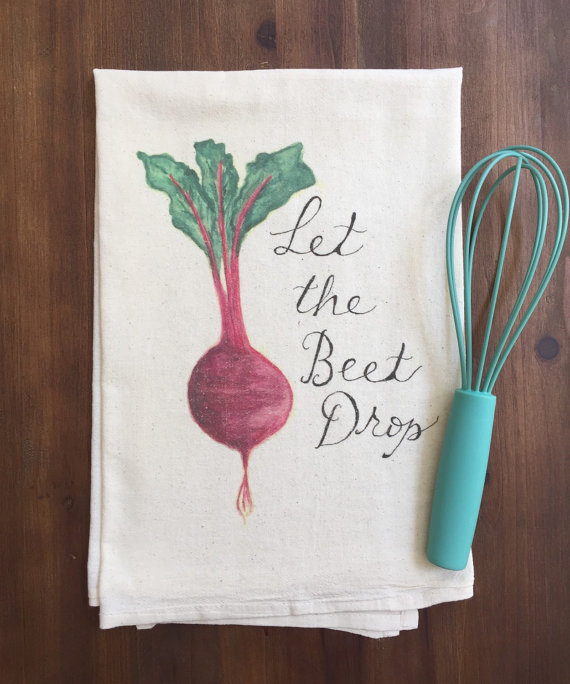 handmade tea towels from a small business? perfect gift for your fit or foodie friends - find more on this ethical gift guide!